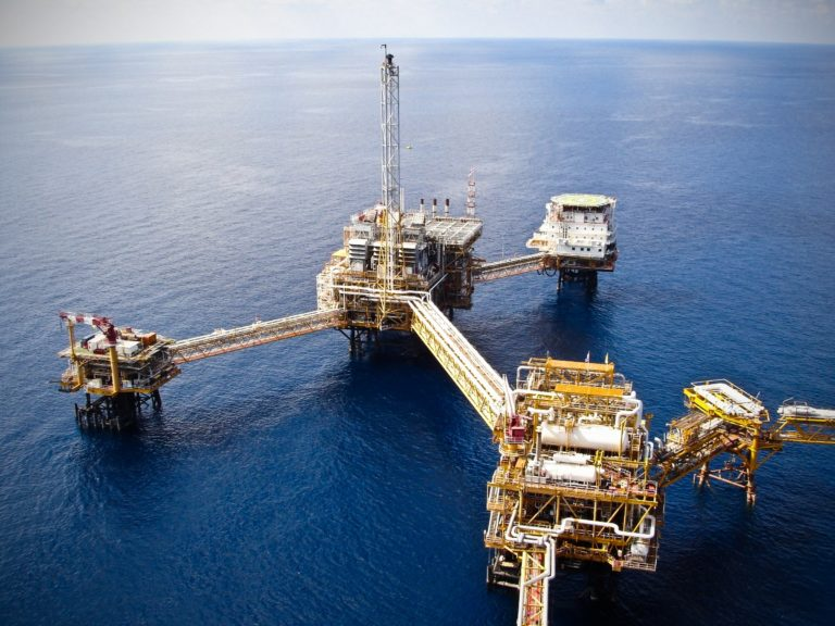 Onshore & Offshore Oil Operation Services - QHSE
